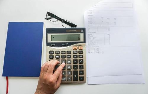 报考初级会计职称考试都需要考哪些科目